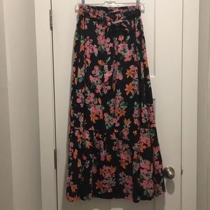 Floral Maxi Skirt ,size-8, Ruffle On Bottom,Lined